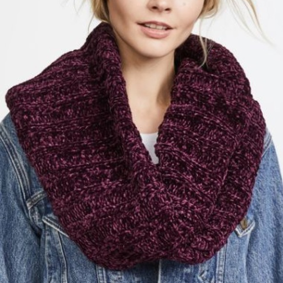 Free People Accessories Nwt Love Bug Chenille Infinity Scarf